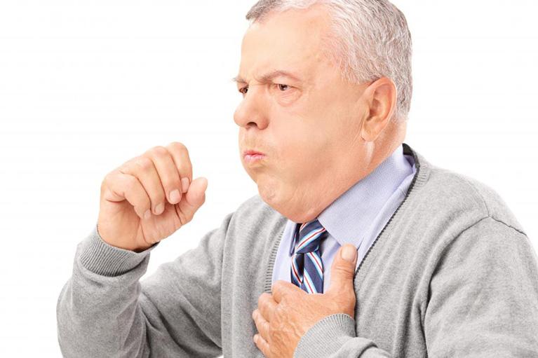 الكحة المستمره مع البلغم : الأسباب، وطرق العلاج