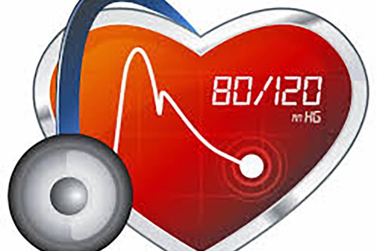 إرتفاع ضغط الدم: الأعراض، الأسباب، وجدول معدل ضغط الدم الطبيعي
